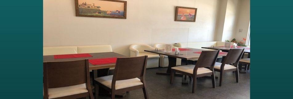 嘉手納にある  ハンドドリップとハンバーグが美味しい   癒しの空間                                             【カフェプラス】
